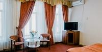 <b>Скидка до 48%.</b> Отдых вцентре Санкт-Петербурга вномере категории улучшенный или стандарт сконтинентальным завтраком вотеле «Невский Отель Форт»
