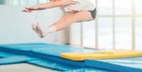 <b>Скидка до 50%.</b> До2часов свободных прыжков для одного человека вбатутном центре «Адреналин»