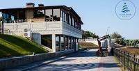 <b>Скидка до 50%.</b> Отдых вКрыму наберегу Черного моря сзавтраками, анимационной программой ипосещением тренажерного зала для двоих вкурортном комплексе Alma Park Resort4*