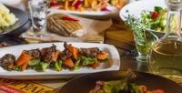 Блюда инапитки изменю вресторане-баре «Жигули» соскидкой50%