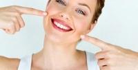 Комплексная процедура аппаратного экспресс-отбеливания зубов полинии улыбки сподарком отстоматологии «Практик Дент» (1470руб. вместо 4900руб.)
