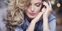 <b>Скидка до 75%.</b> Стрижка детская или женская, окрашивание, укладка, нанопластика, ламинирование, ботокс, завивка волос встудии красоты Victoria