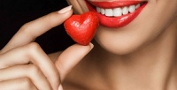 <b>Скидка до 80%.</b> Отбеливание ичистка зубов, лечение кариеса иустановка пломбы, эстетическая реставрация зубов встоматологической клинике «Голд Стом»