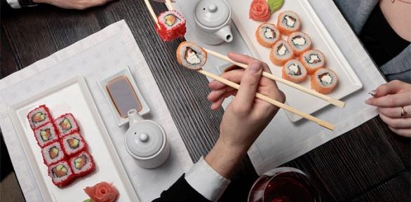 Роллы, суши, салаты, супы изакуски отресторана «Два самурая» заполцены