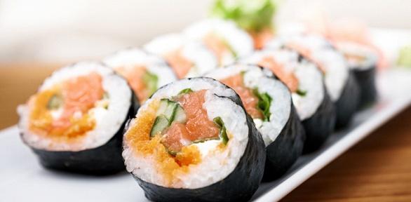 Суши-сет навыбор отслужбы доставки «ЯпоноМама»