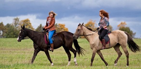Ночной конный поход скатанием налошадях отКСК «Баллада»
