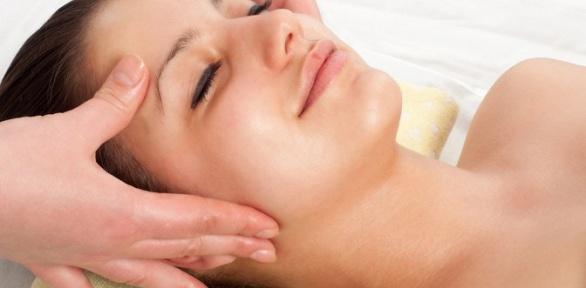 Сеансы массажа или очищения кожи лица всалоне красоты «Эмми Холл»