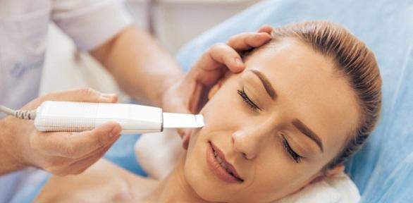 Тестирование потипу кожи, чистка, пилинг лица встудии «Золотая Ригма»