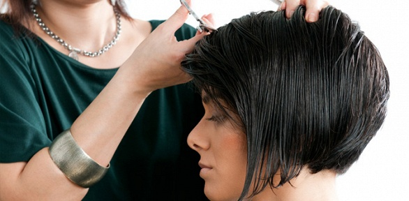 Стрижка, окрашивание, мелирование волос встудии красоты «НаКирова»