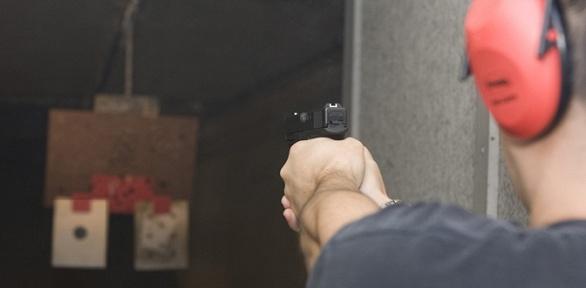 Стрельба изпневматического оружия вклубе «Белая клюква»