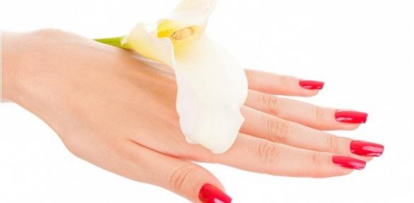 Маникюр ипедикюр спокрытием ногтей гель-лаком всалоне красоты Key