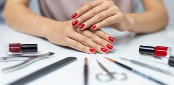 Маникюр ипедикюр или наращивание ногтей встудии красоты SnailS Beauty Bar