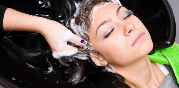 Парикмахерские услуги встудии красоты Vobraze