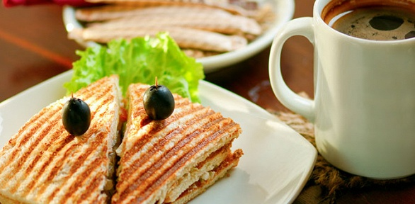 Большой кофе исэндвич откафе Ready Bready