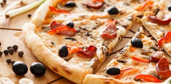 Пицца отслужбы доставки «Экспресс пицца» заполцены
