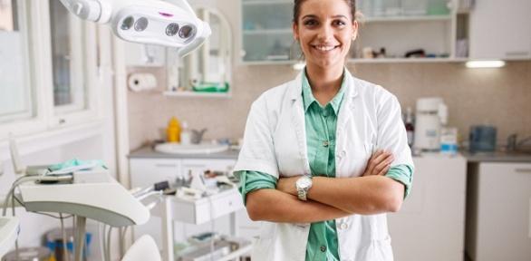 Гигиена полости рта, отбеливание зубов встоматологии «Премьер Дентал»