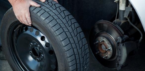 Замена автомобильных шин вмастерской «Вершина»