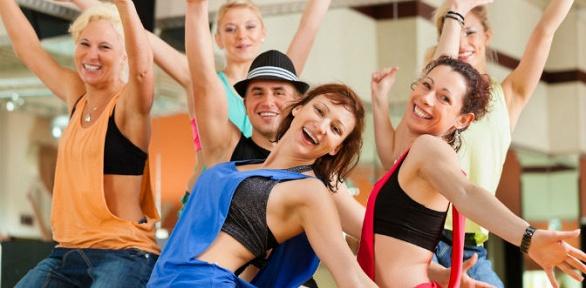 До16занятий танцами встудии танцев Slava