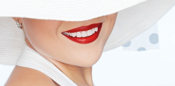 Ультразвуковая чистка зубов сполировкой вклинике «Премьер Стоматология»