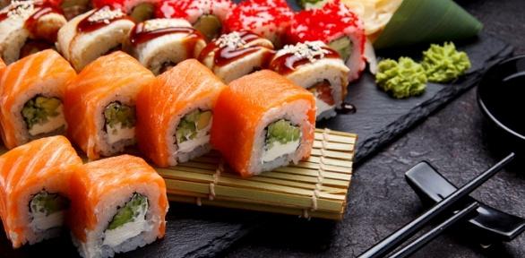 Сет навыбор отслужбы доставки King Sushi заполцены