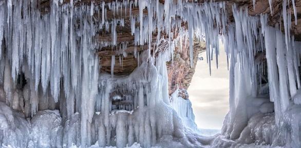 Автобусный тур вКунгурскую ледяную пещеру оттурагентства «Калина»