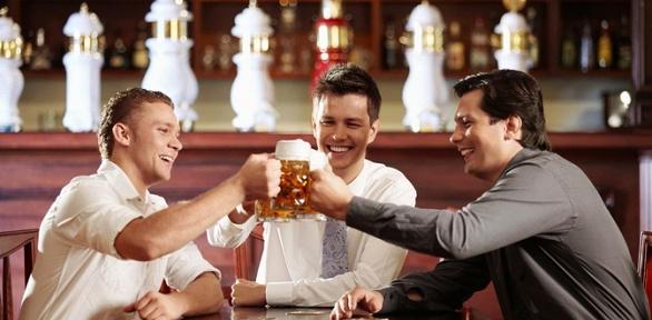 Сет спенными напитками впабе Royal Pub