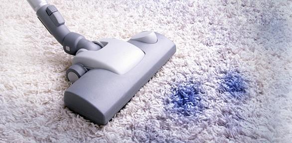 Химчистка диванов, ковров откомпании «Свежий стиль»