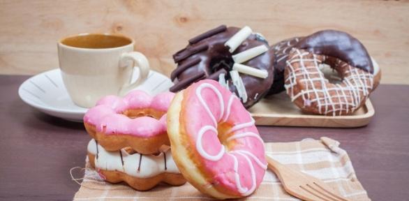 Американский пончик инапиток откофейни «Хайп кофе»