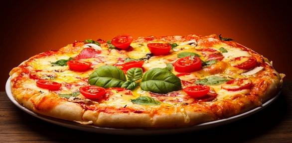 Пицца навыбор отслужбы доставки «Китчен»