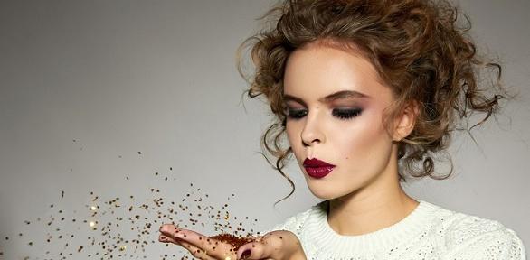 Оформление бровей или создание макияжа вMake-Up Studio Nicole