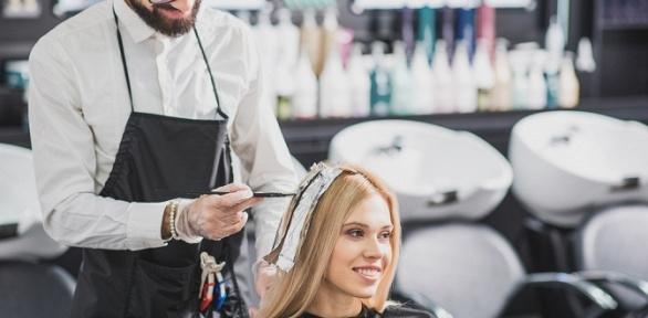 Стрижка, укладка или окрашивание волос всалоне Love Love Salon Patriarchye