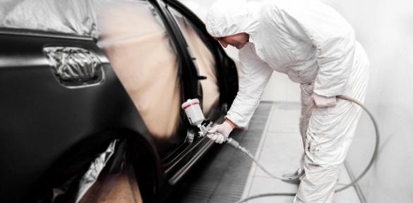 Покраска элементов легкового автомобиля вцехе кузовного ремонта «Хамелеон»