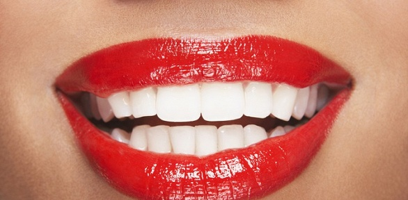 УЗ-чистка зубов, AirFlow, лечение кариеса всети клиник Urbanstom