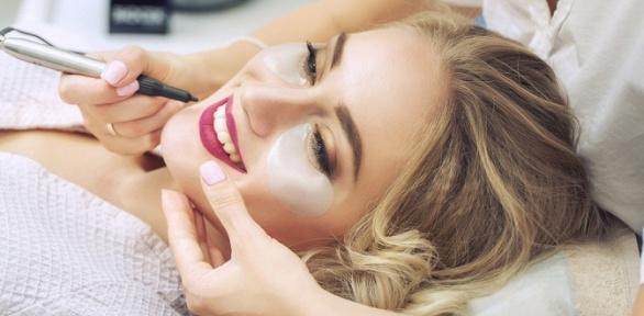 Перманентный макияж бровей, губ или век впарикмахерской «Любимая»