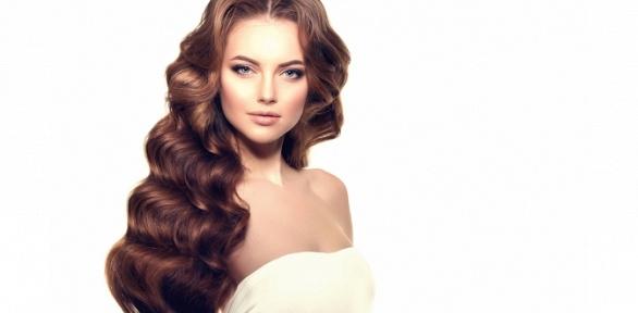 Стрижка, окрашивание, полировка волос отсалона «Отражение»