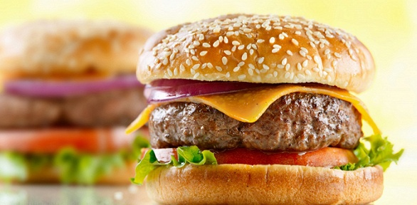 Сет сбургерами, напитками вбургер-баре Pon &Go