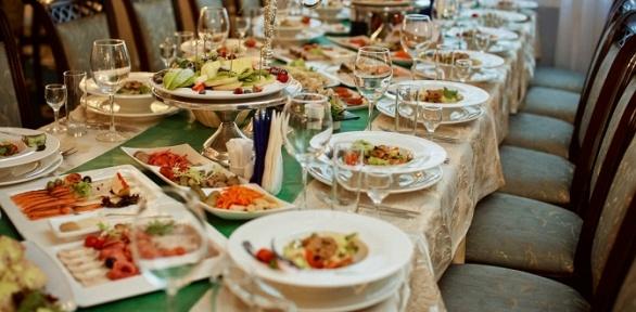 Блюда кухни вресторане «Волга» заполцены