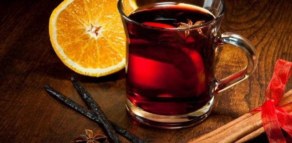 Напиток спаровым коктейлем вресторане Porto Carras