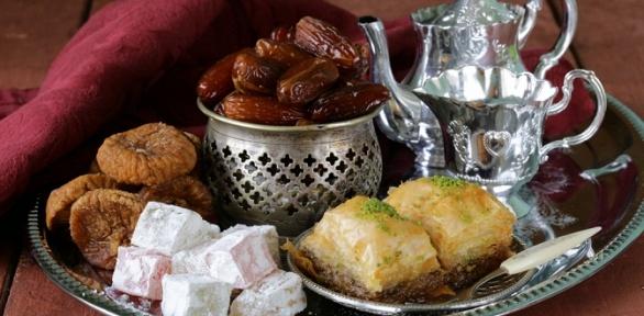 Чай идесерт отэтно-кафе «Хан-Юрта»