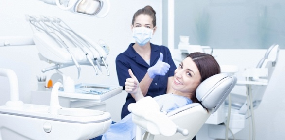 Лечение, чистка или отбеливание зубов вцентре «Морион Мед Маркет»