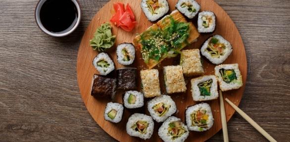 Блюда японской кухни отслужбы доставки «Мидзуми»