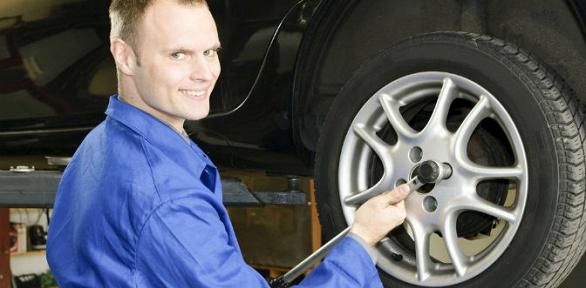 Шиномонтаж ибалансировка колес вавтосервисе «НаПервомайской»