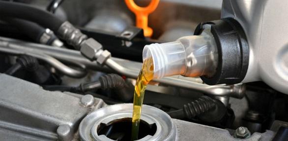 Замена масла, свечей или тормозных колодок отCar Workshop