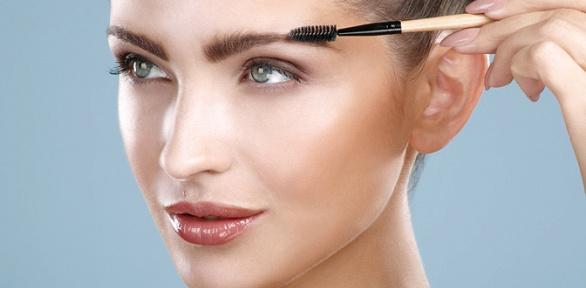 Моделирование иокрашивание бровей встудии красоты «Прованс»