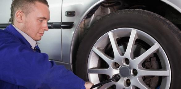 Шиномонтаж ибалансировка 4колес автомобиля вавтотехцентре «Форсаж»