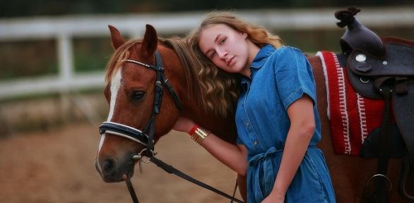 Конная прогулка сфотосессией отклуба Golden Horses Club