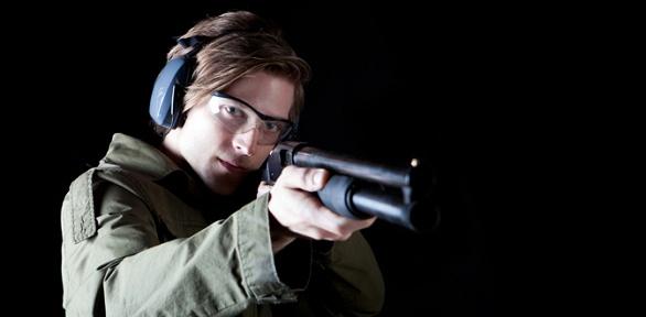 Метание ножей, стрельба встрелковом клубе B.U.L.A.T.