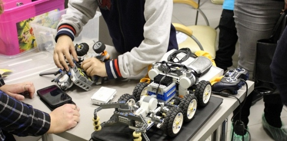 Посещение мастер-класса вшколе Roboschool