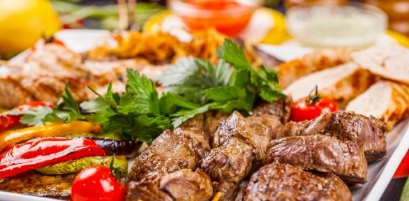 Блюда инапитки вресторане «Навек Родня» заполцены
