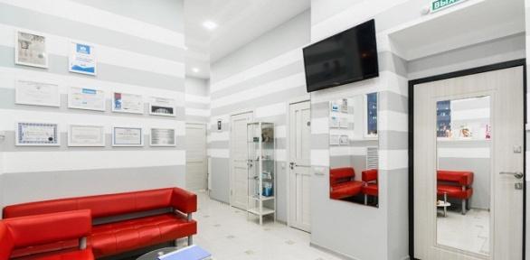 УЗ-чистка, чистка AirFlow иполировка зубов вклинике «М-МедиаСтом»
